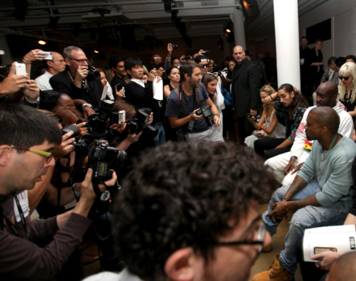 Fresh Celeb: Kanye West Front Row at HOOD BY AIR Runway Show - 7