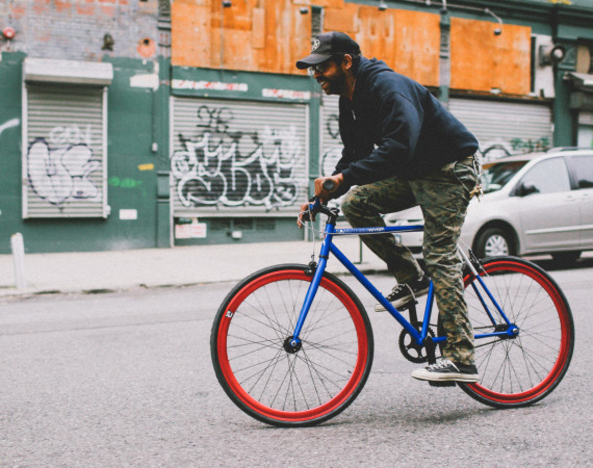 GIVEAWAY REMINDER: Dave's Wear House x Freshness - Another Whip Bicycle in Matte Iridescent Blue - 8
