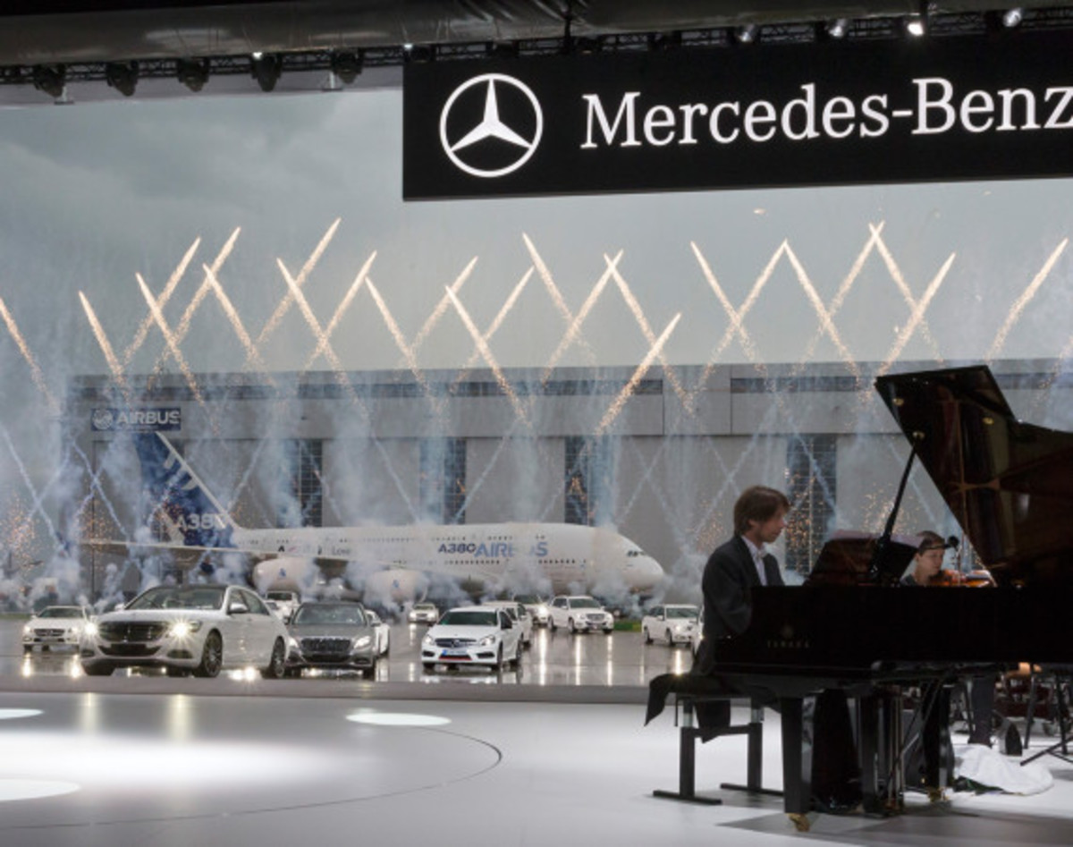 2014 Mercedes-Benz S-Class - New Flagship Model To Redefine Luxury - 33