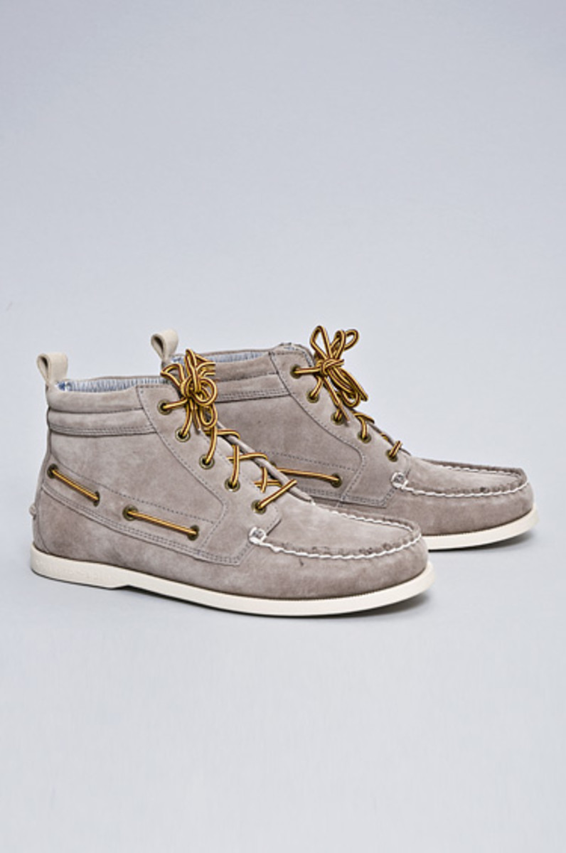 band_of_outsiders_sperry_chukkah_boot_3