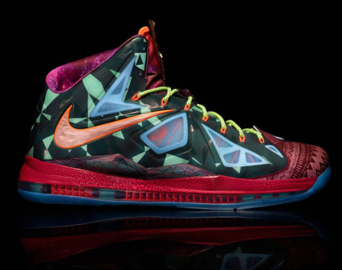 "Nike LeBron X ""MVP"" – Celebrating LeBron James' 4th NBA Most Valuable Player Award - 11"
