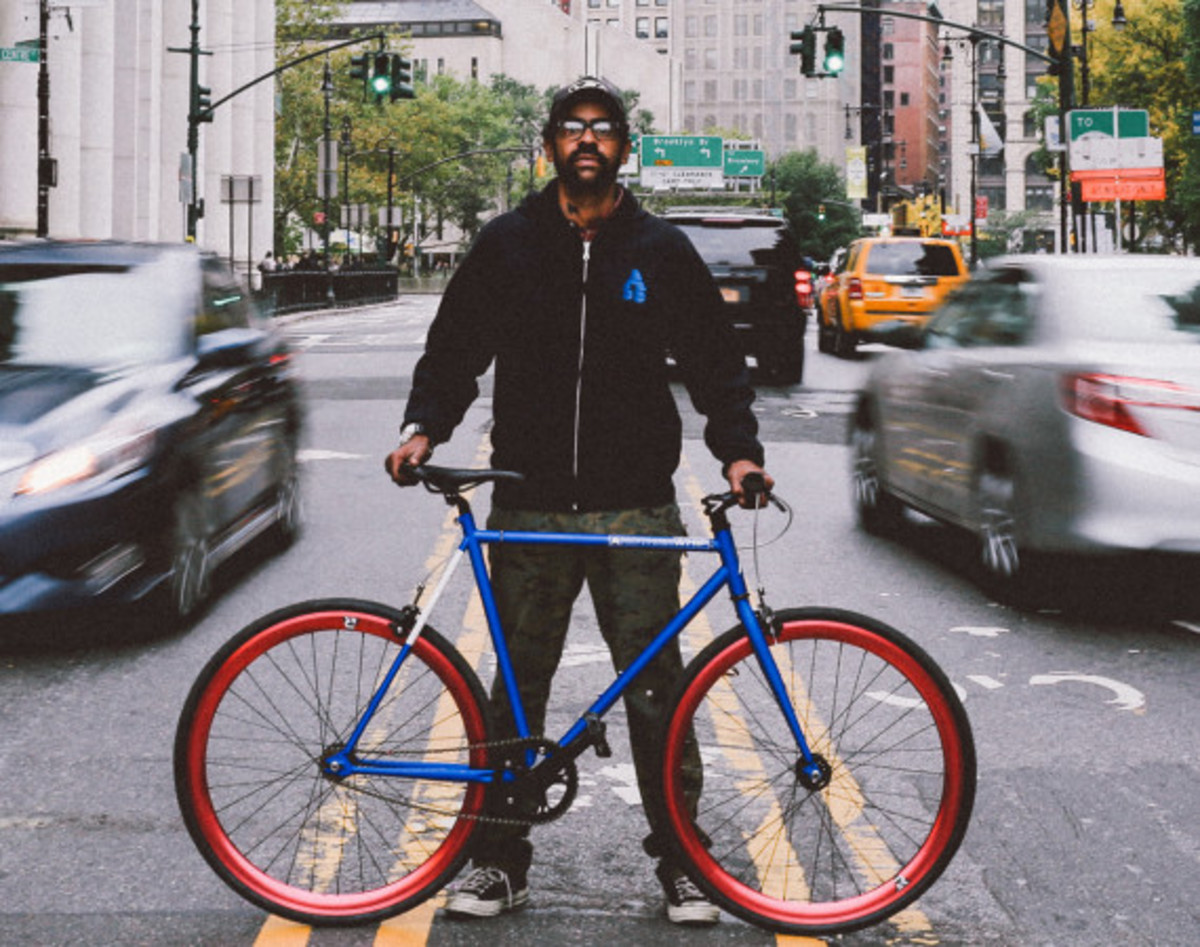 GIVEAWAY REMINDER: Dave's Wear House x Freshness - Another Whip Bicycle in Matte Iridescent Blue - 2