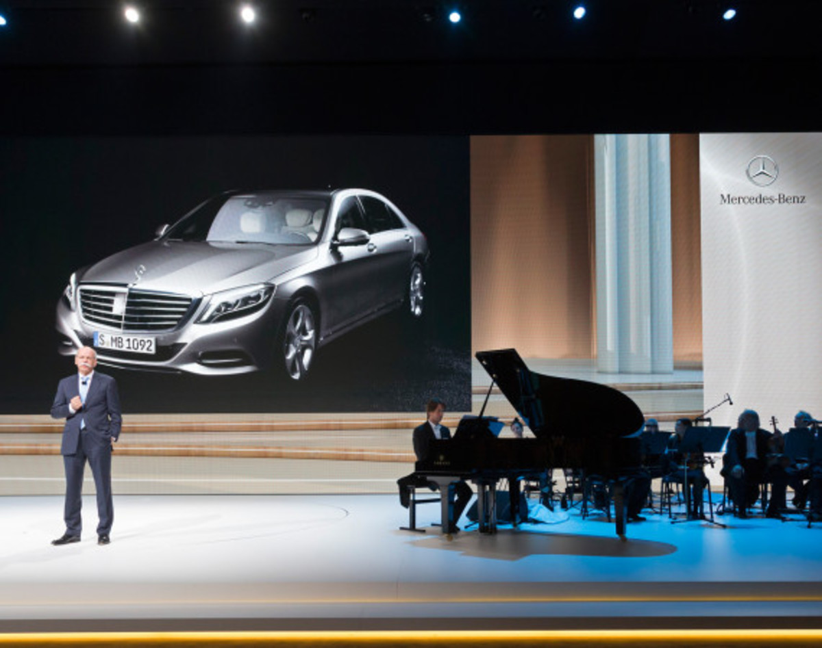 2014 Mercedes-Benz S-Class - New Flagship Model To Redefine Luxury - 32