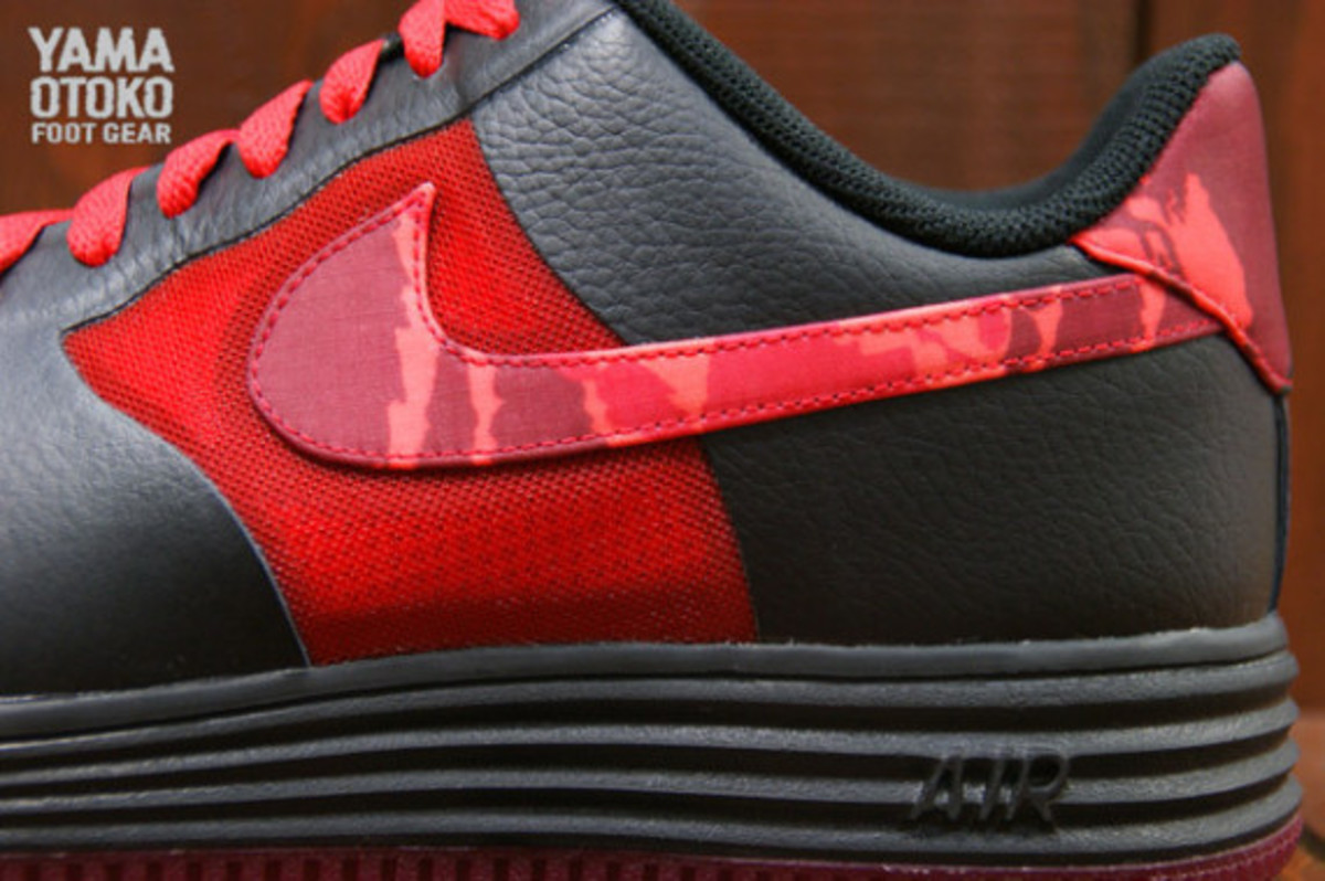 nike-lunar-force-1-fuse-leather-hyper-red-camouflage-04