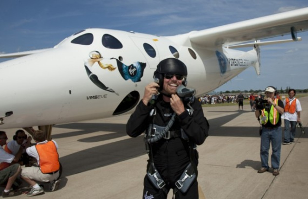 Sir Richard Branson w./ VMS Eve Maiden Flight | Photo By Mark Greenberg