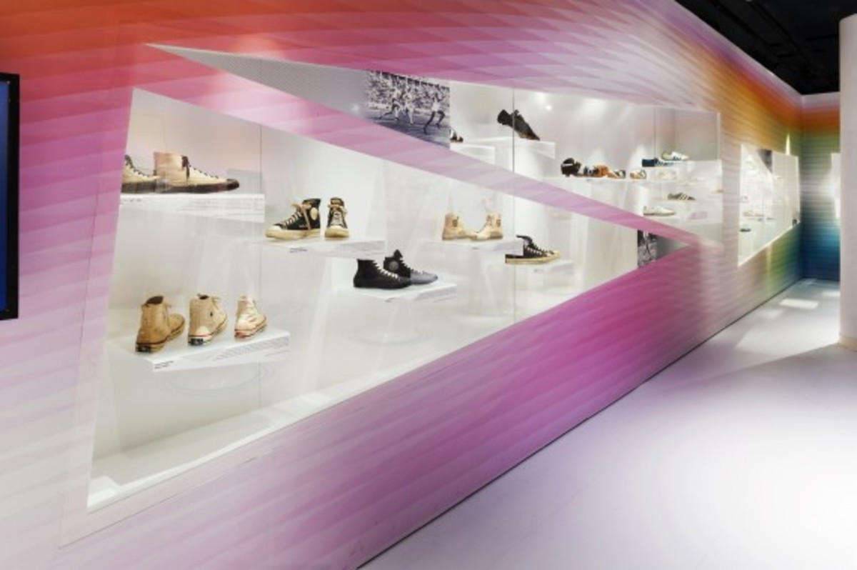 out-of-the-box-the-rise-of-sneaker-culture-by-karim-rashid-06