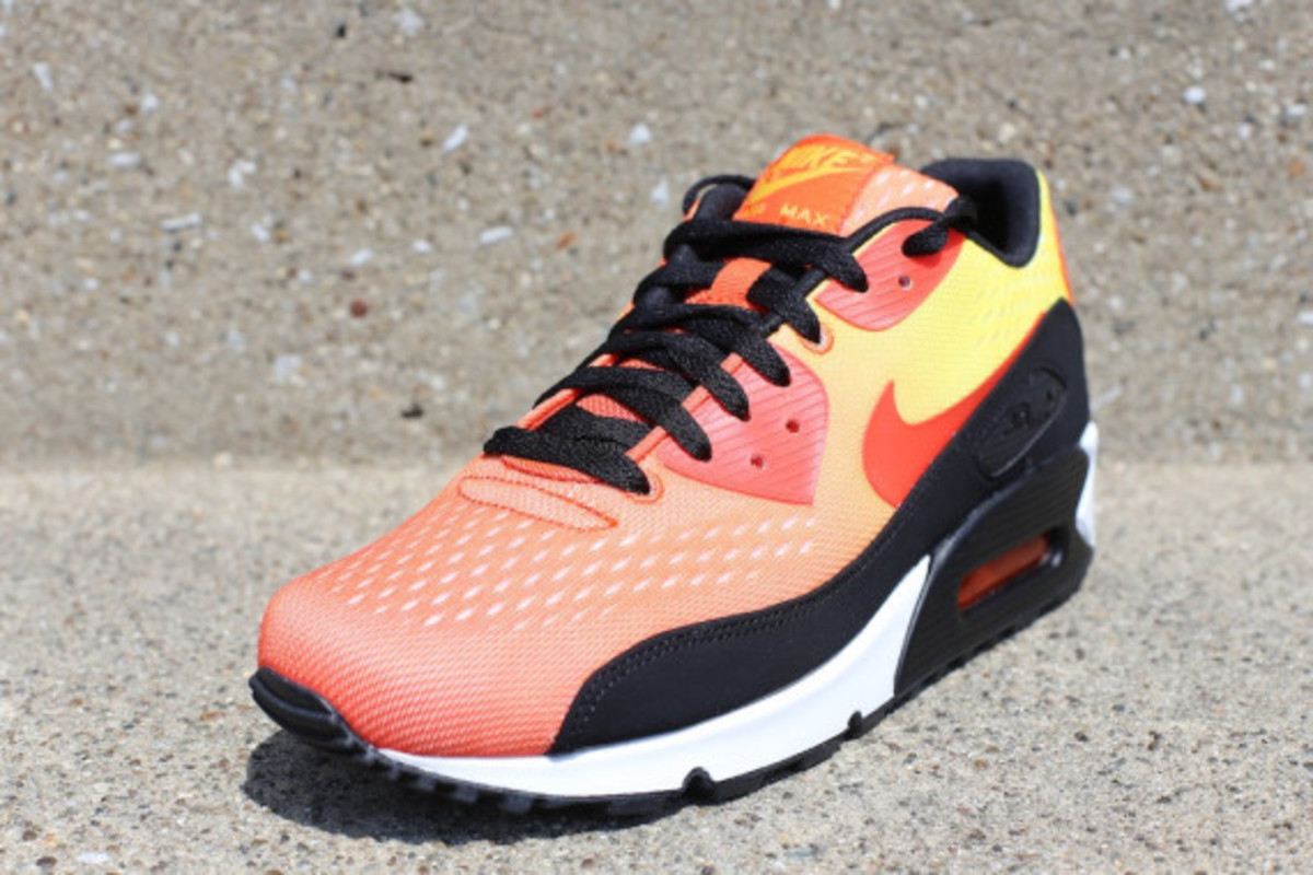 "Nike Air Max Engineered Mesh - ""Sunset"" Pack 