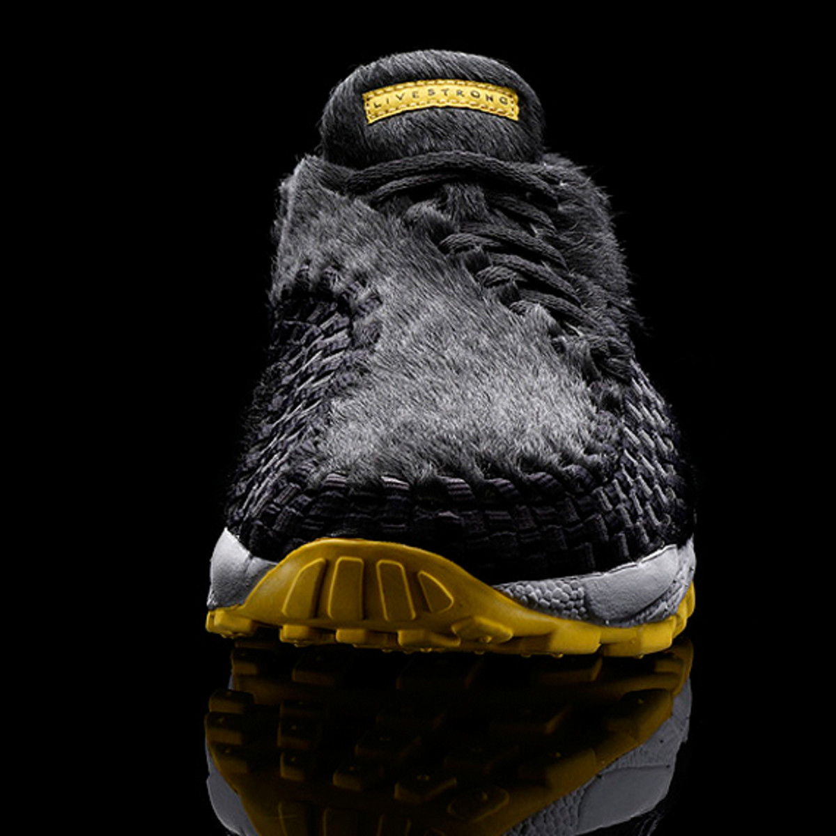 nike-sportswear-livestrong-hideout-hamster-footscape-02
