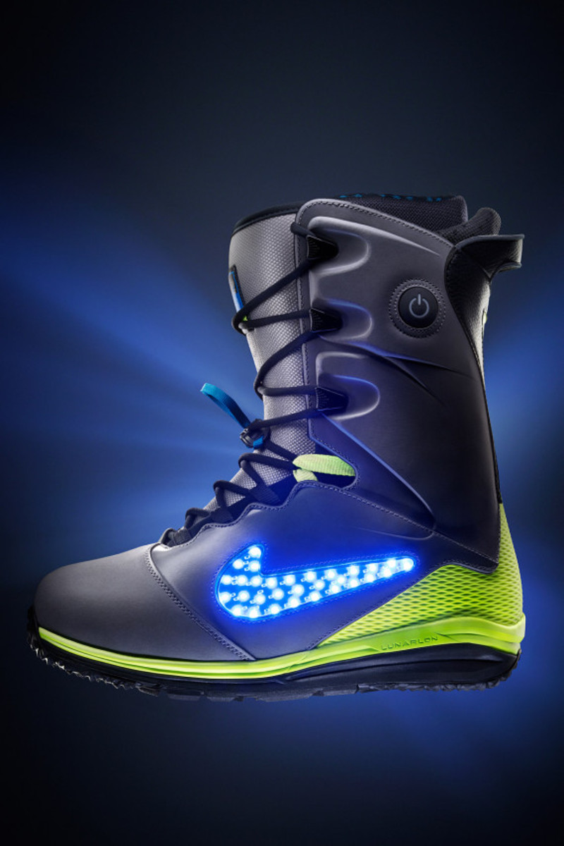 "Nike Snowboarding - LunarENDOR QS Snowboard Boot | ""Light Up The Slopes, Literally"" - 1"