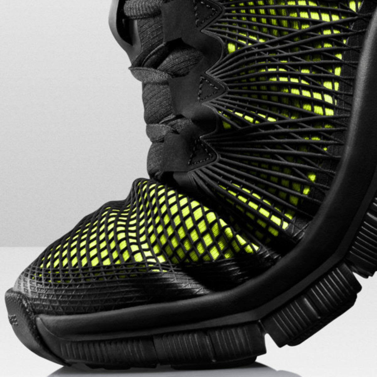Nike Free Trainer 3.0 Mid Shield - Officially Unveiled - 4