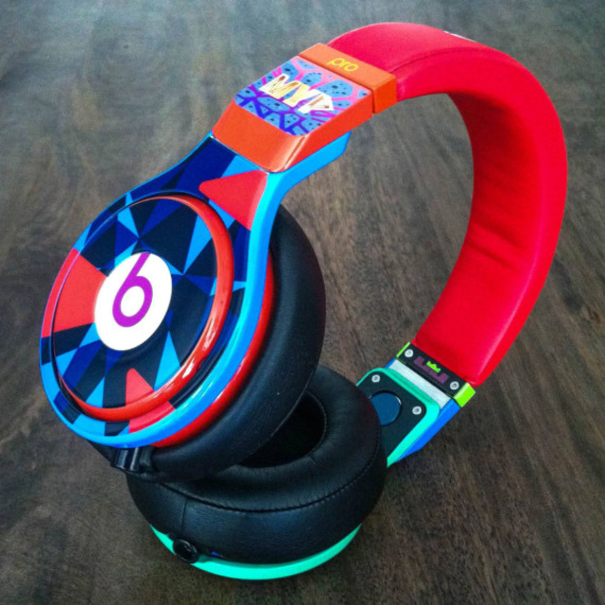 "Beats by Dr. Dre – ""What the MVP"" Pro for LeBron James 