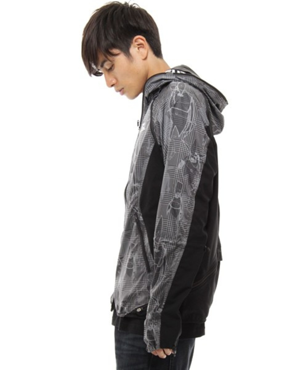 futura-lab-descente-four-4-able-mountain-parka-04