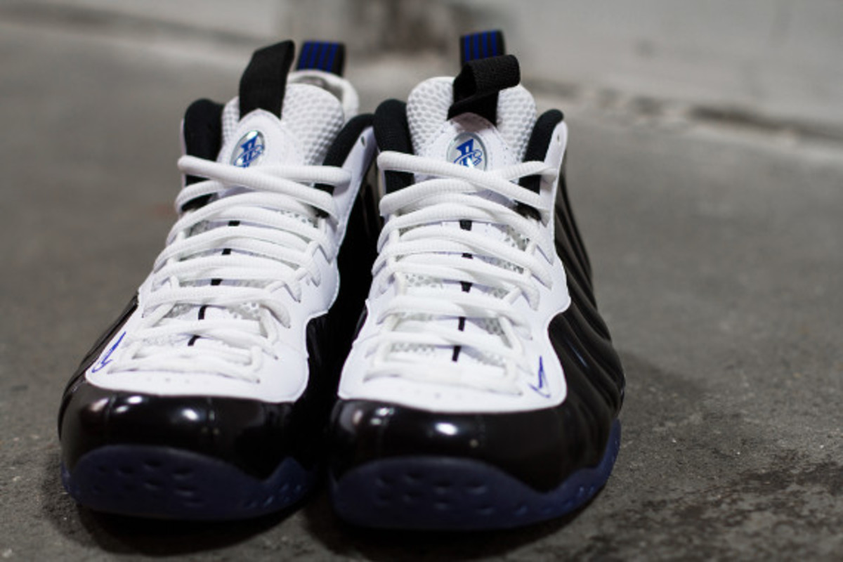 """Nike Air Foamposite One - """"Black White/Concord"""" 