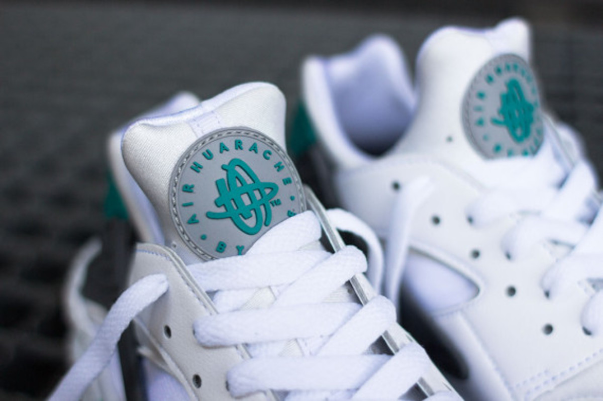 nike-air-huarache-turquoise-speckle-07