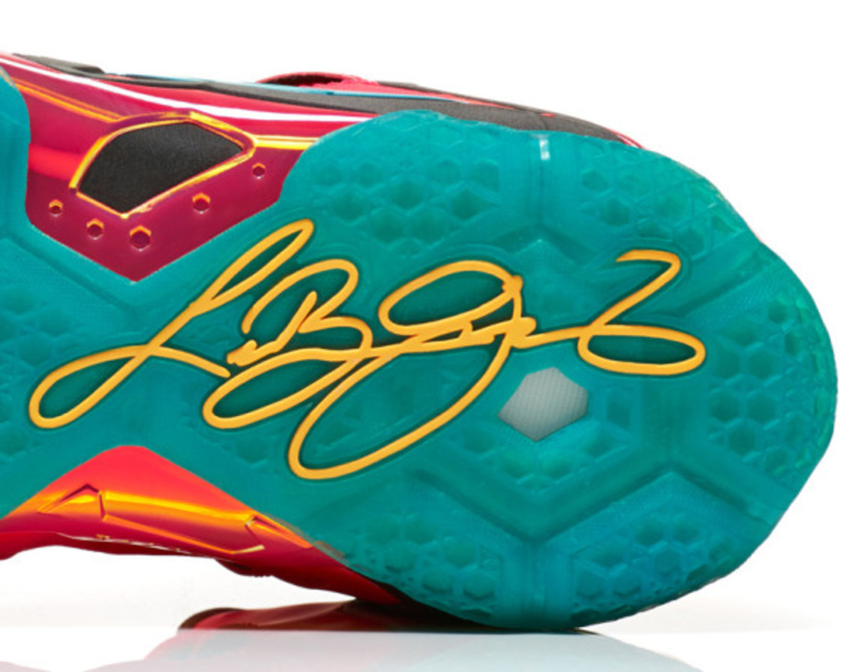 Nike LeBron 11 Elite Hero | Officially Unveiled - 12