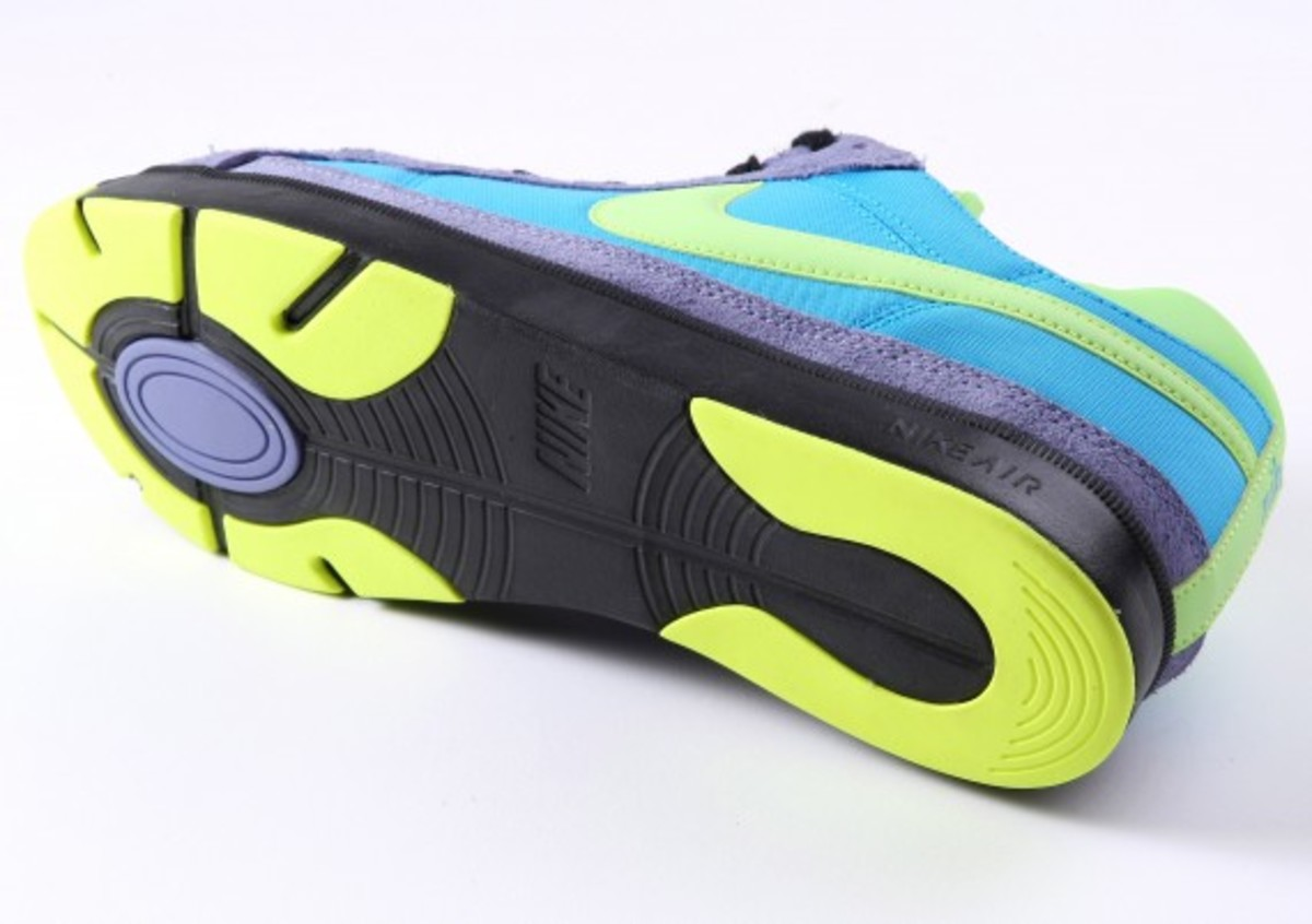 nike_sly_air_troupe_low_3
