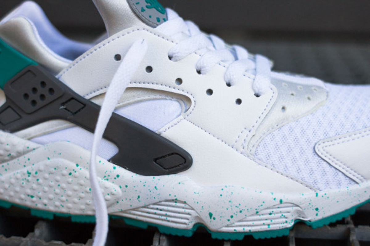 nike-air-huarache-turquoise-speckle-04