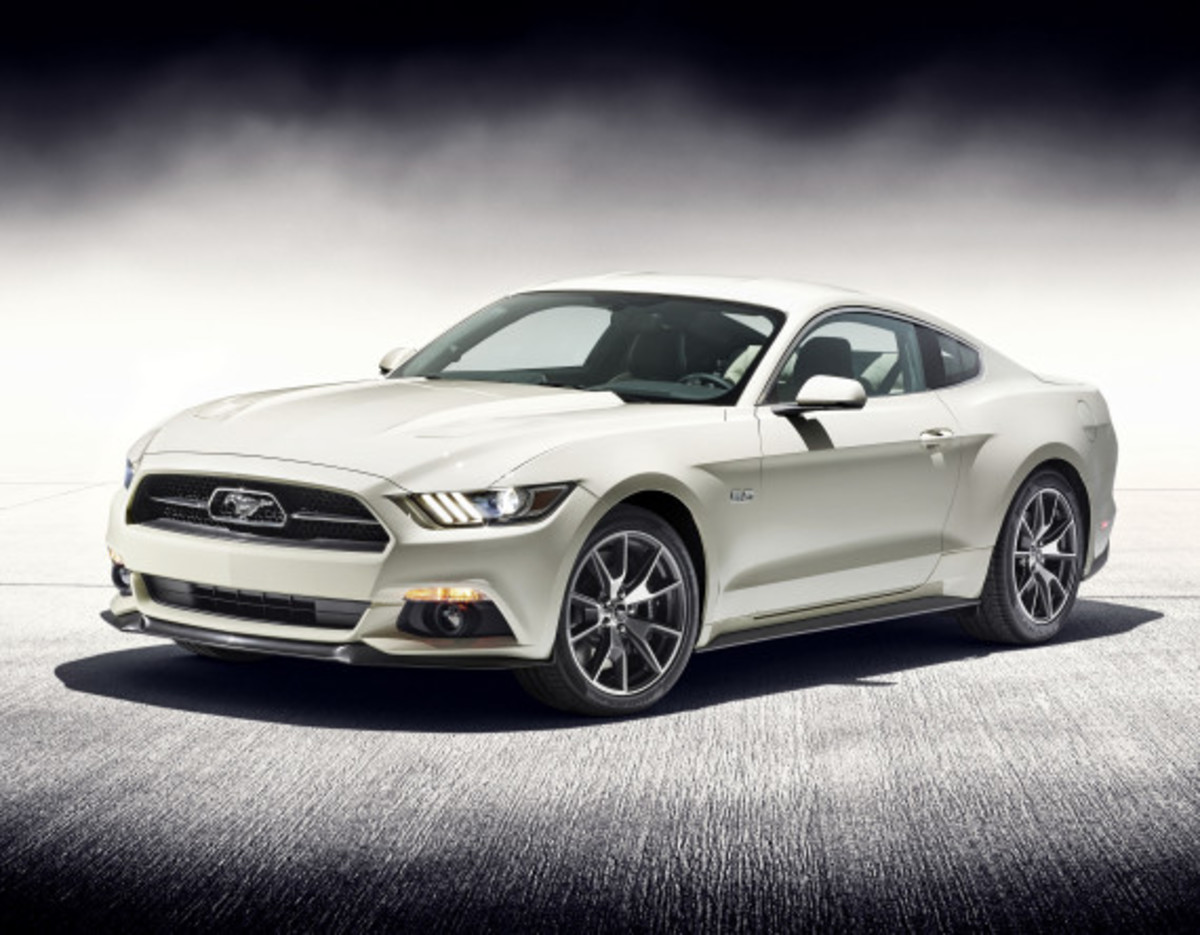 Ford Mustang - 50th Anniversary Edition - 4