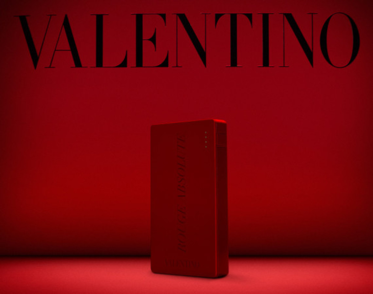 Valentino x Mophie - Limited Edition Powerstation 4000 Battery Pack for Cash & Rocket 2014 Tour - 3