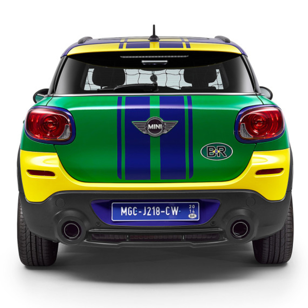 MINI Paceman GoalCooper - Featuring Soccer Pitch and Auto Tailgate Goalkeeper - 9