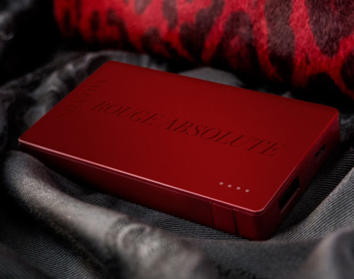 Valentino x Mophie - Limited Edition Powerstation 4000 Battery Pack for Cash & Rocket 2014 Tour - 2