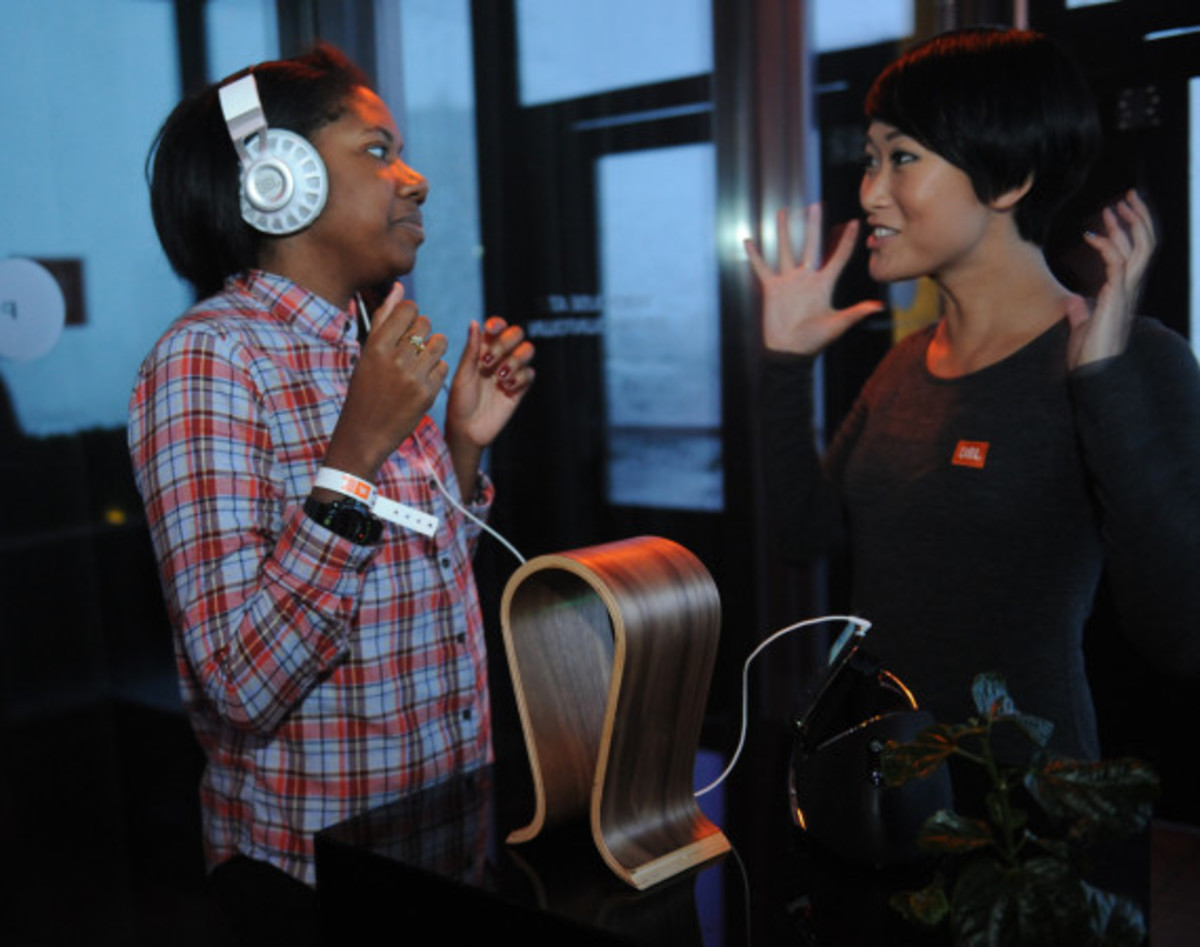 JBL Synchros S700 Headphones NYC Launch Party with DJ D-Nice | Event Recap - 23