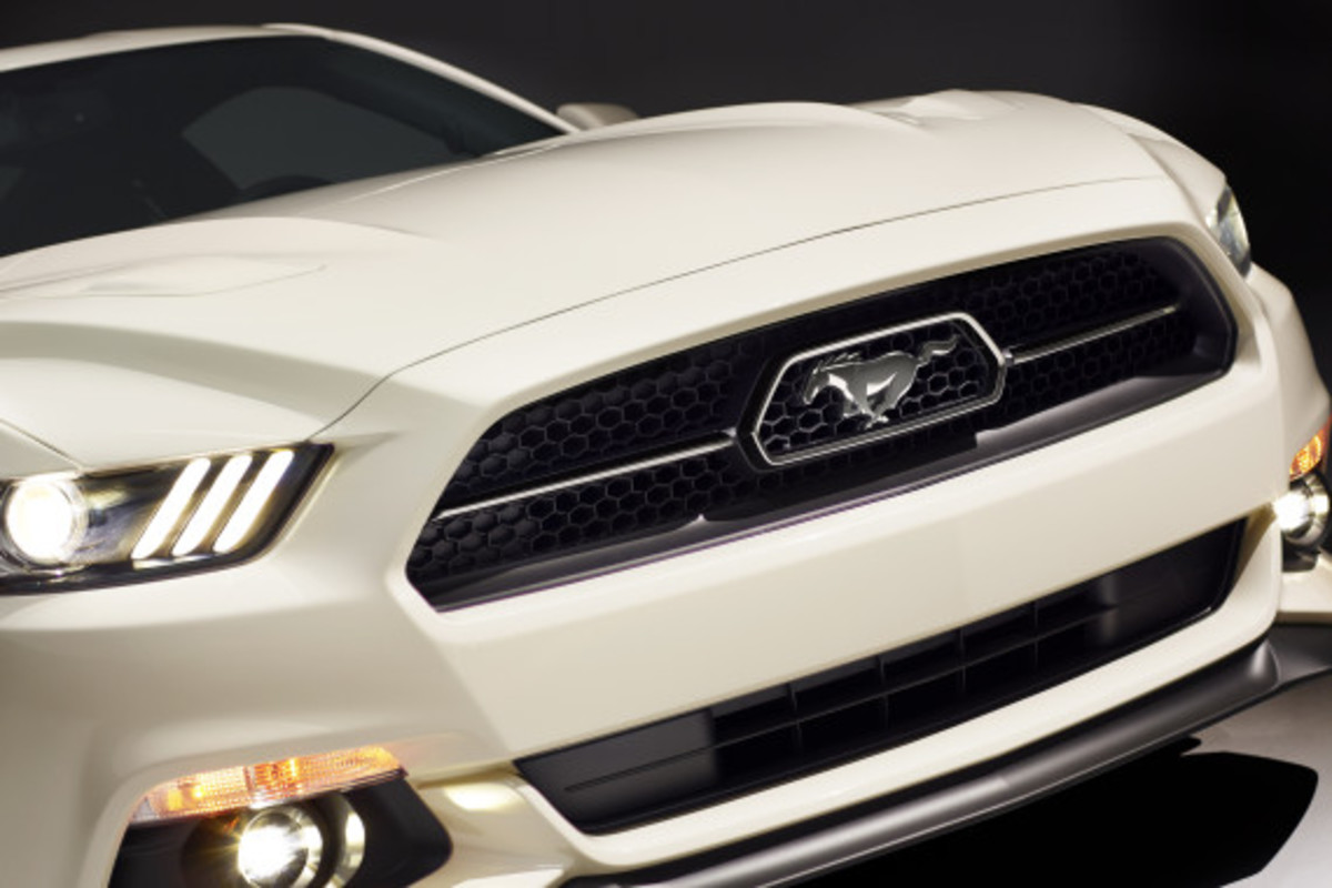 Ford Mustang - 50th Anniversary Edition - 15