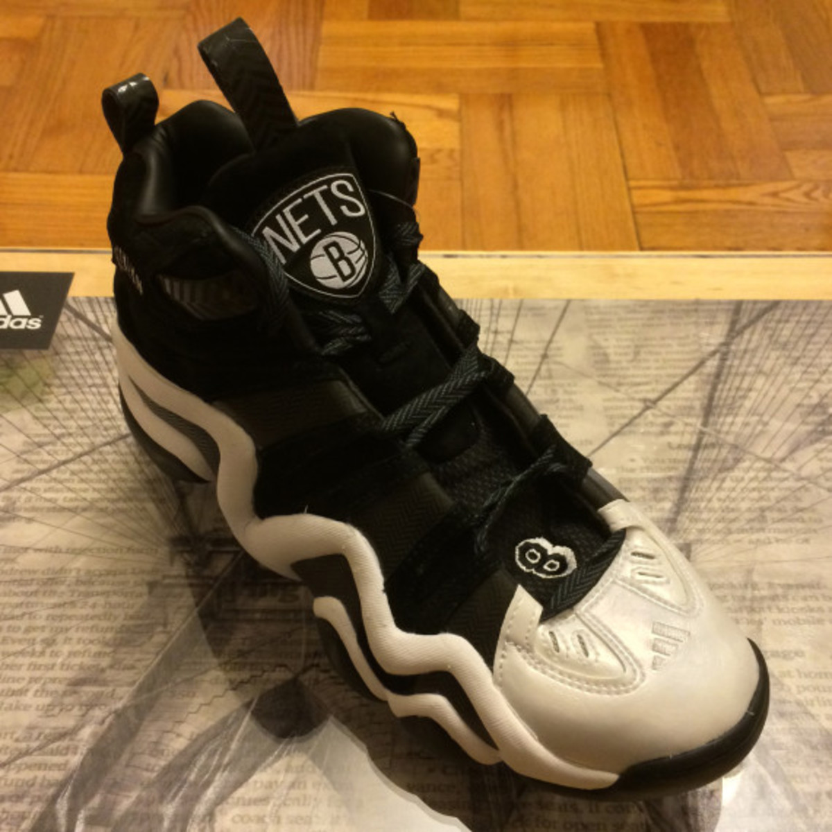 "adidas Crazy 8 - ""Brooklyn Nets"" Promo Pack - 4"