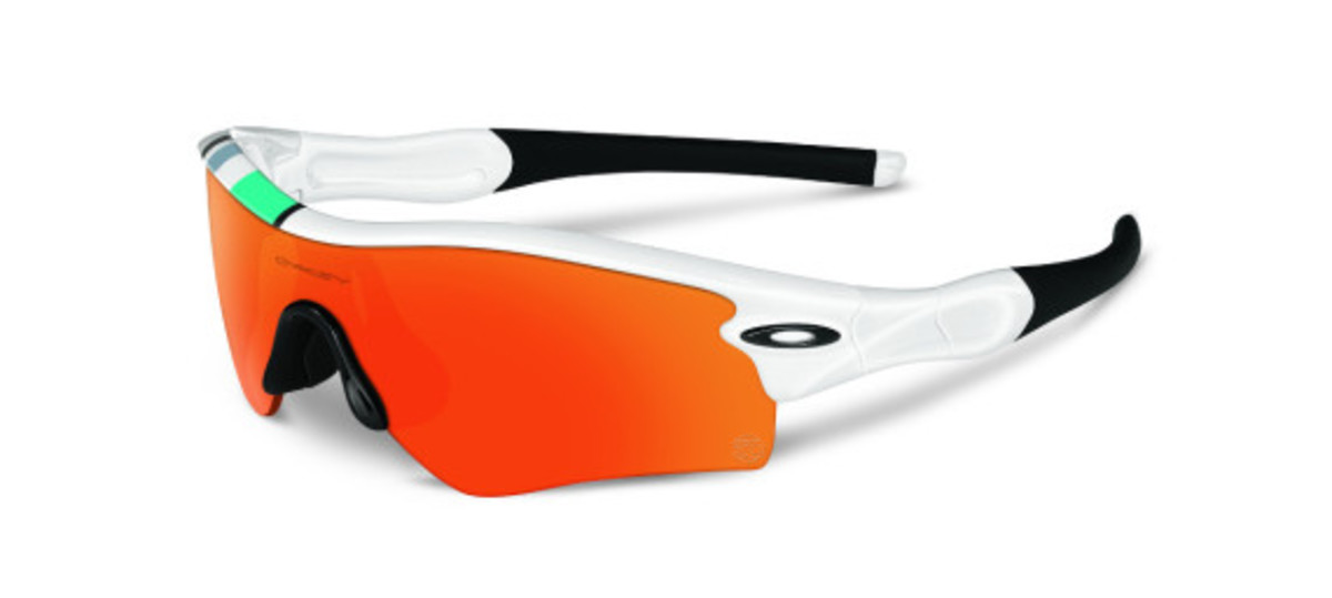 oakley-heritage-collection-officially-unveiled-06