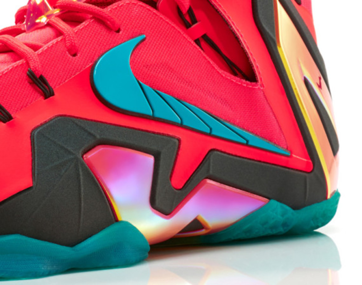 Nike LeBron 11 Elite Hero | Officially Unveiled - 11