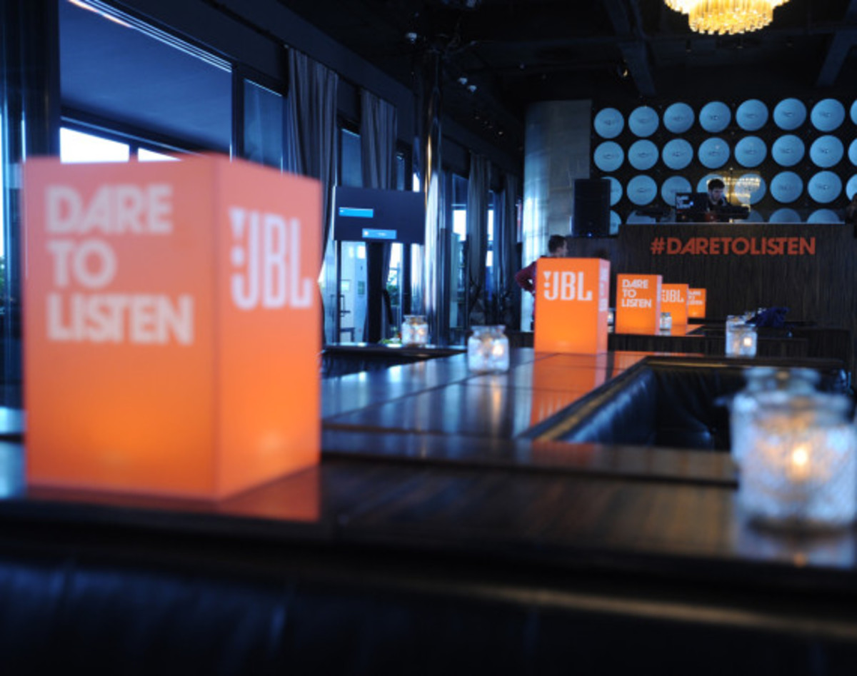 JBL Synchros S700 Headphones NYC Launch Party with DJ D-Nice | Event Recap - 8