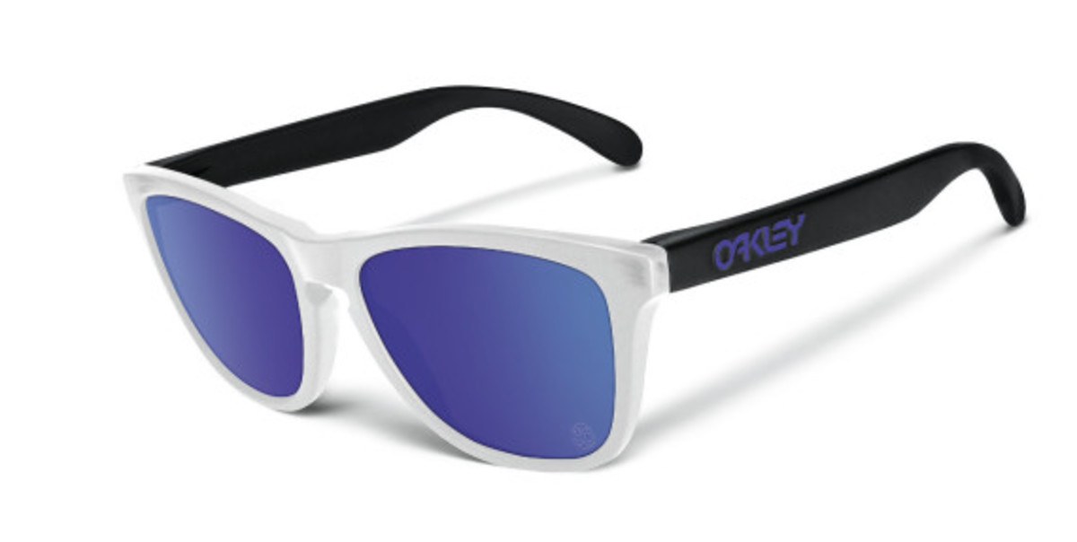 oakley-heritage-collection-officially-unveiled-09