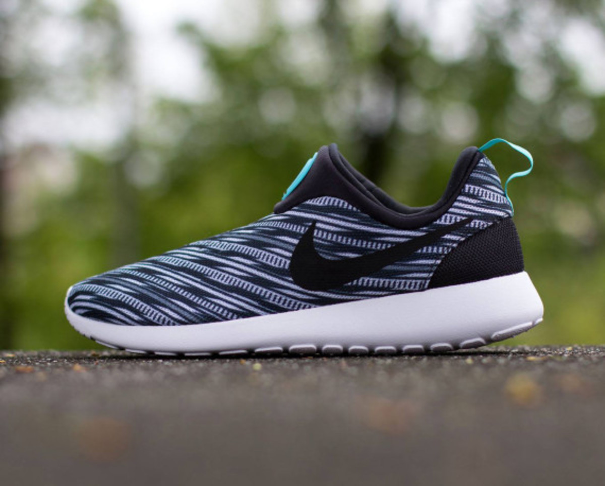 san francisco 1834f 7adfc nike roshe run slip-on   black   white
