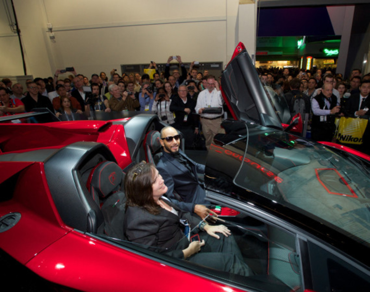 Monster Teams Up With Lamborghini For H-Fi Audio System on Veneno RDS Roadster - 2