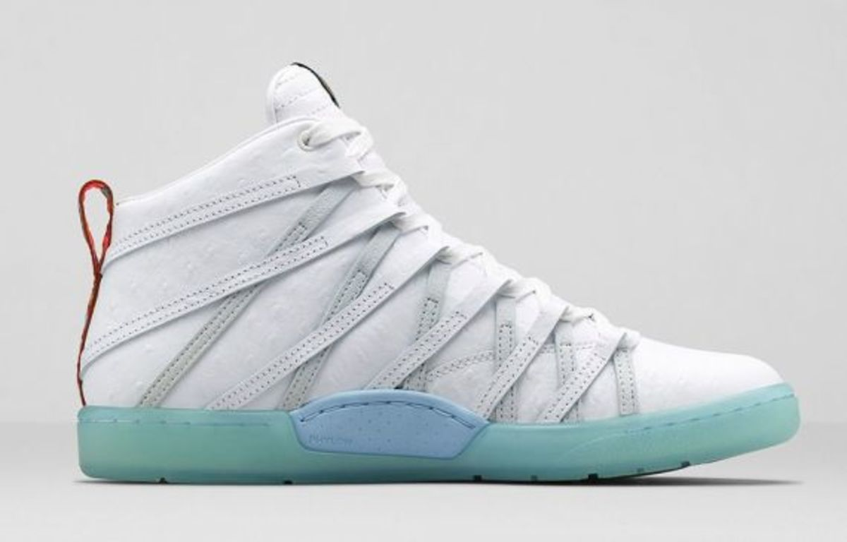 nike-kd-7-lifestyle-white-ice-blue-06