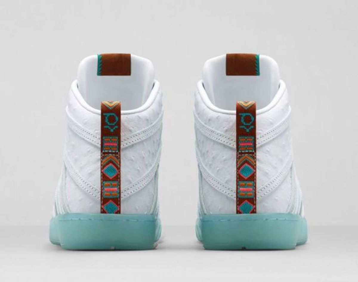 nike-kd-7-lifestyle-white-ice-blue-05