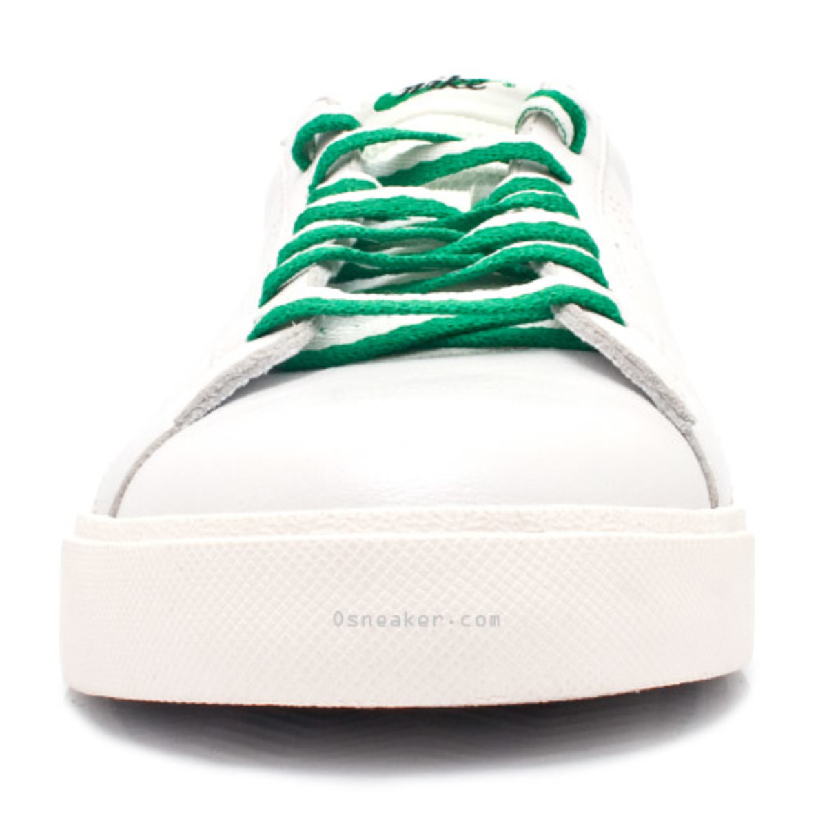 nike-tennis-classic-ac-nd-white-lucky-green-2