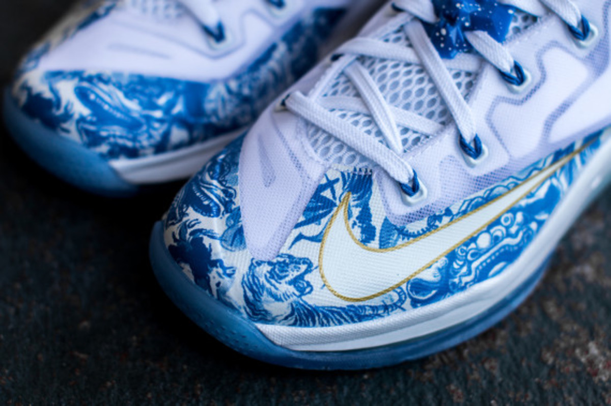 "Nike LeBron 11 Low – ""China"" 
