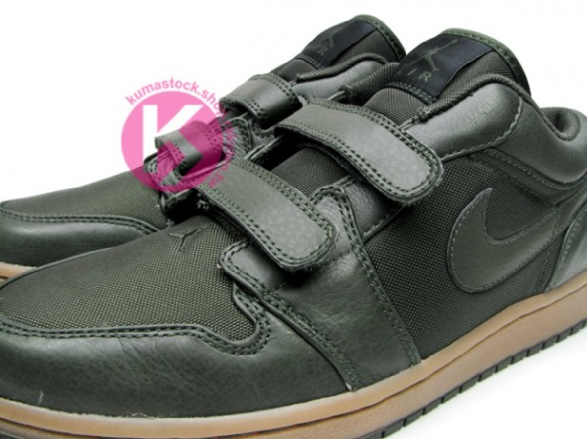 jordan_1_velcro_low_black_2