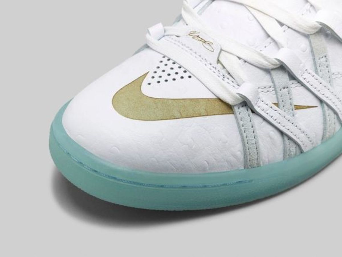 nike-kd-7-lifestyle-white-ice-blue-03