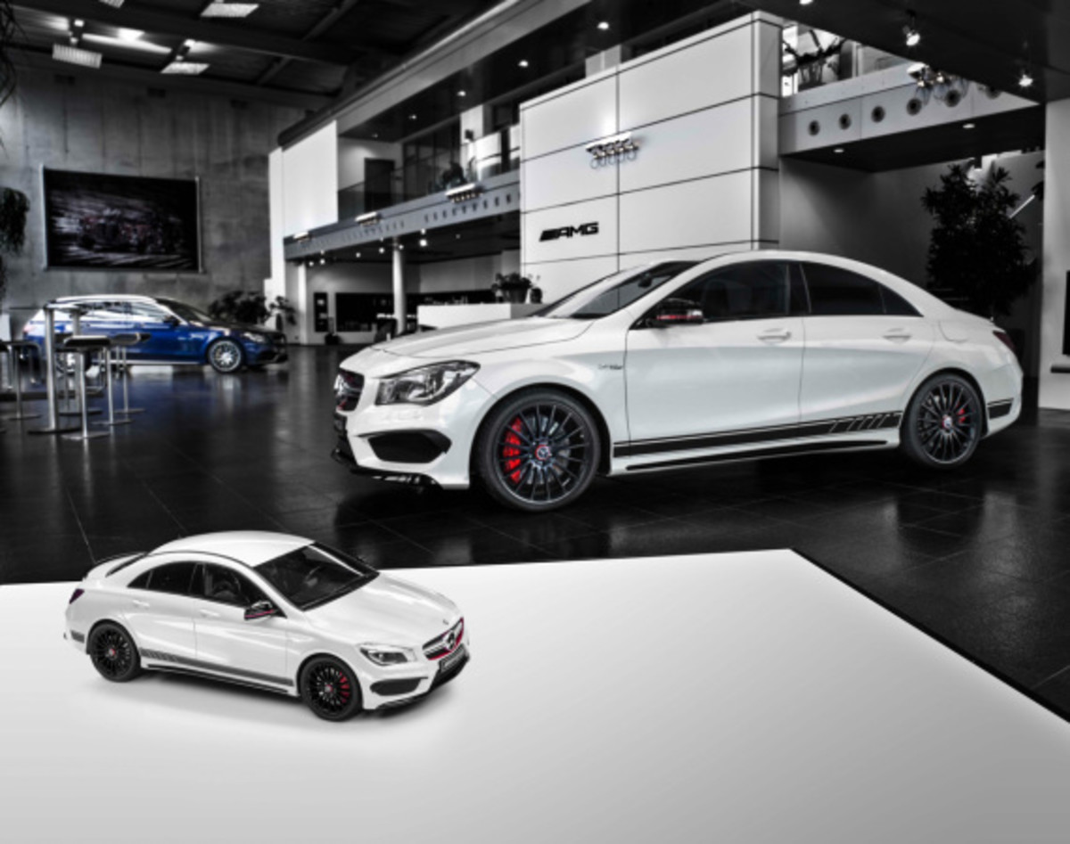 "Mercedes AMG - Limited Edition ""White Series"" Scale Model Cars - 1"