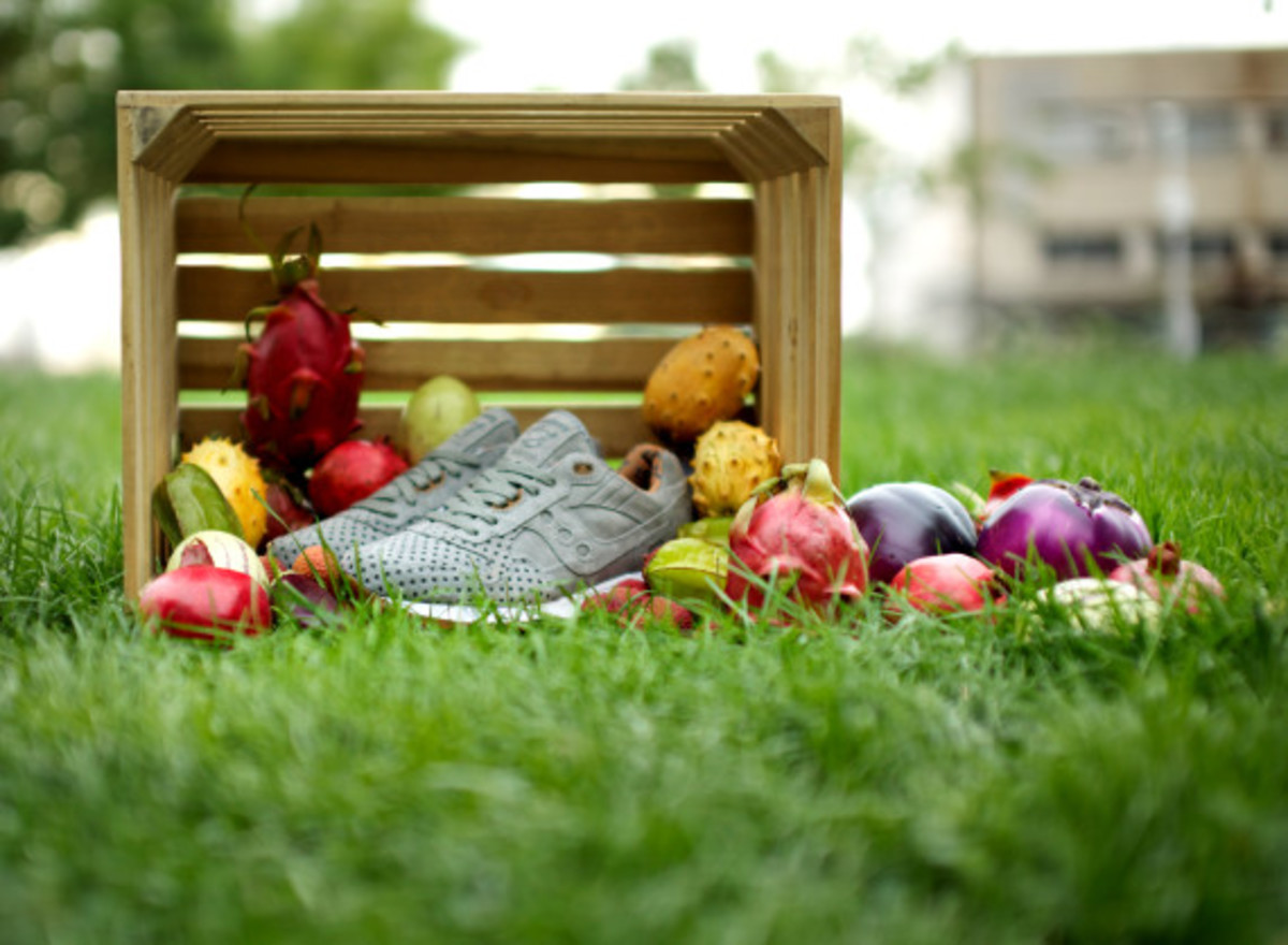 """Play Cloths x Saucony Shadow 5000 """"Strange Fruit"""" Pack - 1"""