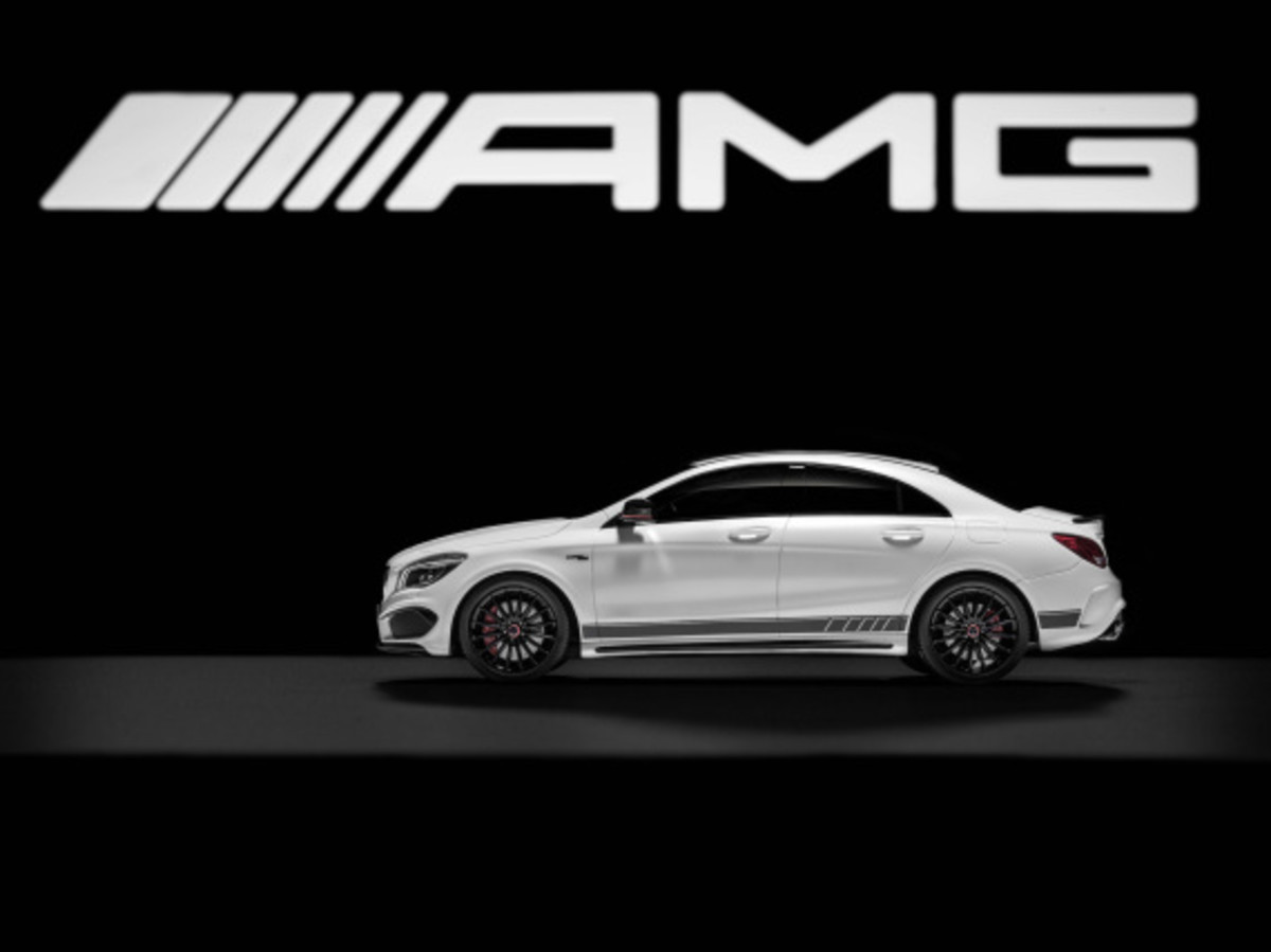 "Mercedes AMG - Limited Edition ""White Series"" Scale Model Cars - 13"