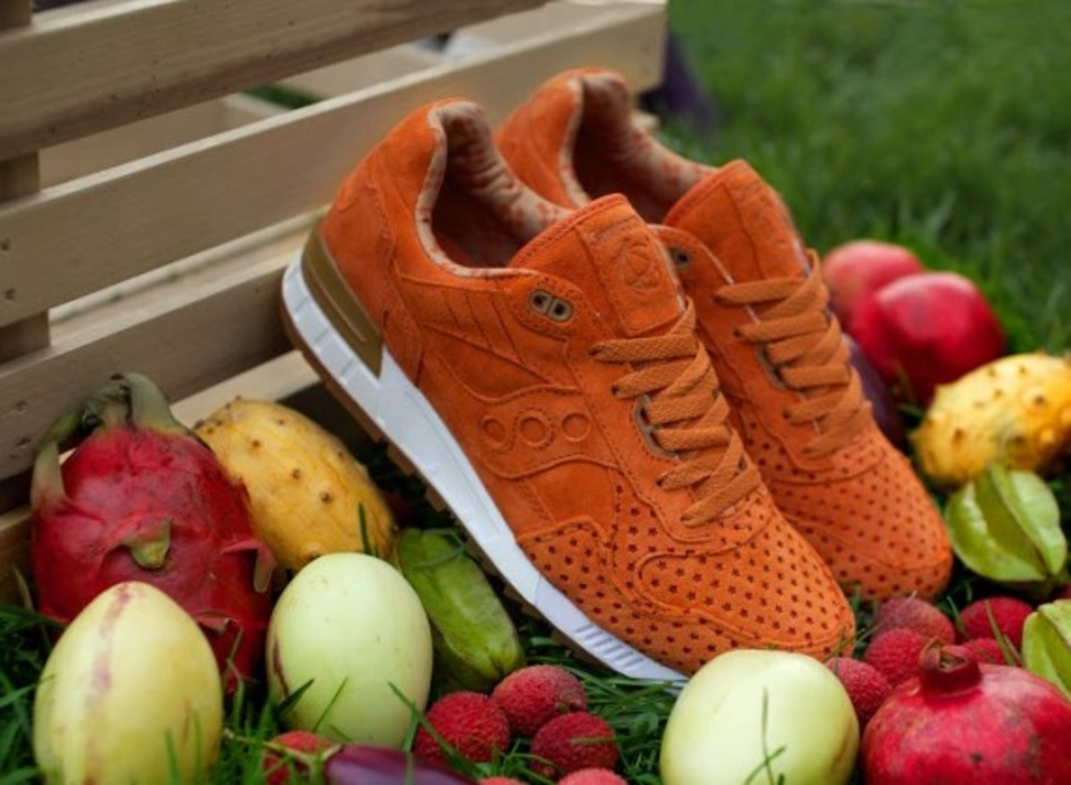 """Play Cloths x Saucony Shadow 5000 """"Strange Fruit"""" Pack - 9"""