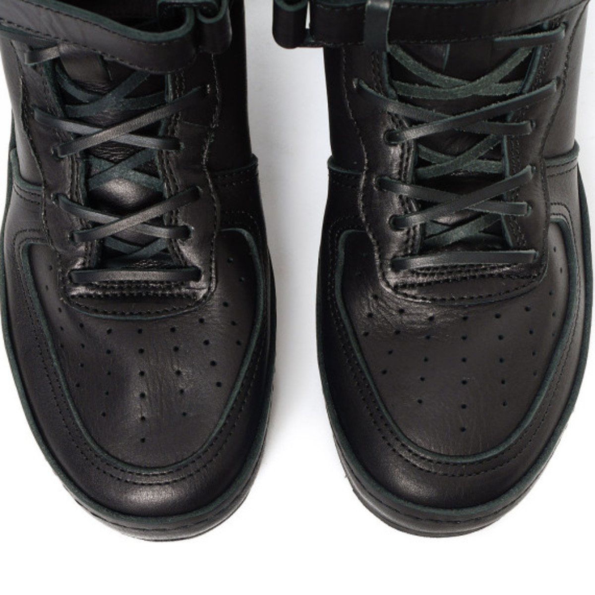 Hender Scheme - Manual Industrial Products 01 Black: Inspired by Nike Air Force 1 High - 5