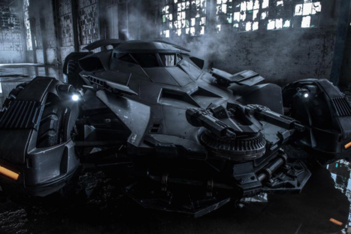 Batman v Superman: Dawn of Justice - Batmobile Chase Scene and More | Leaked Videos - 0