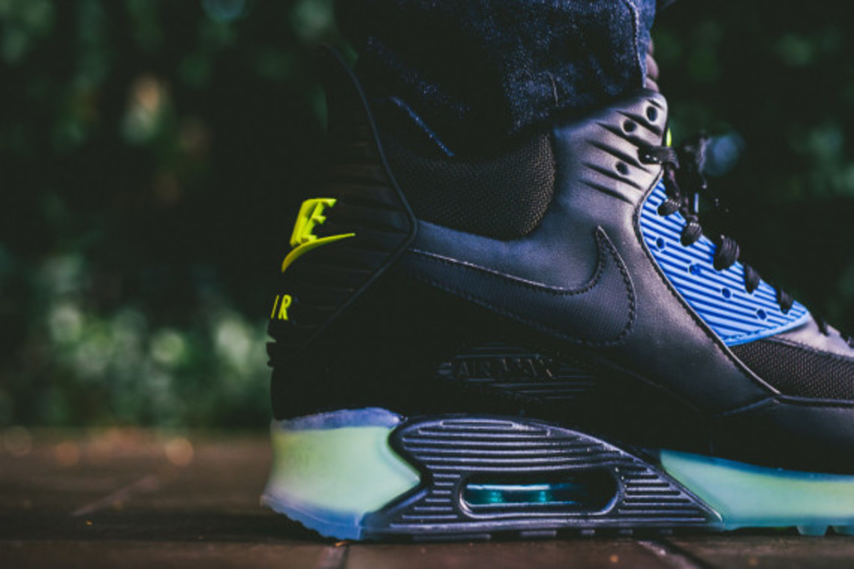 Nike Air Max 90 ICE Sneakerboot - Black/Photo Blue | Available Now - 4