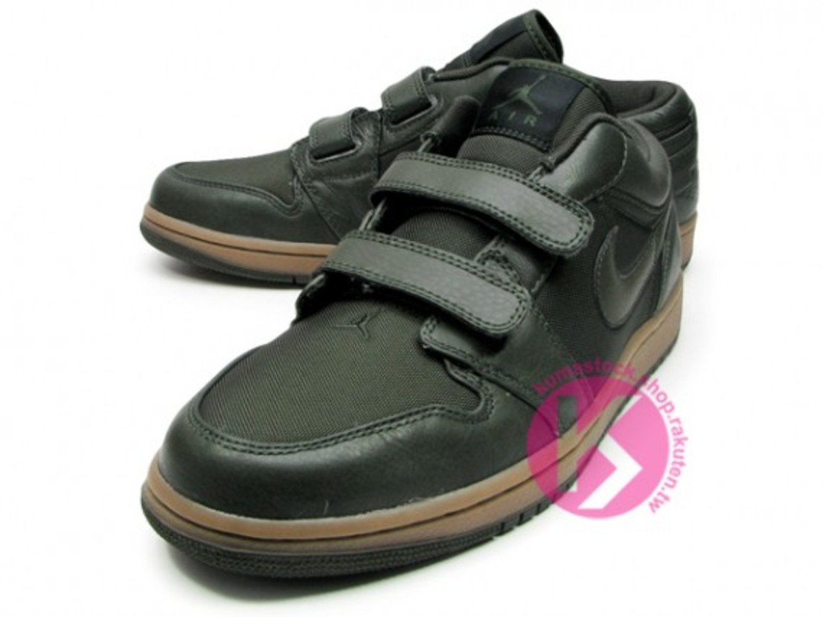 jordan_1_velcro_low_black_5