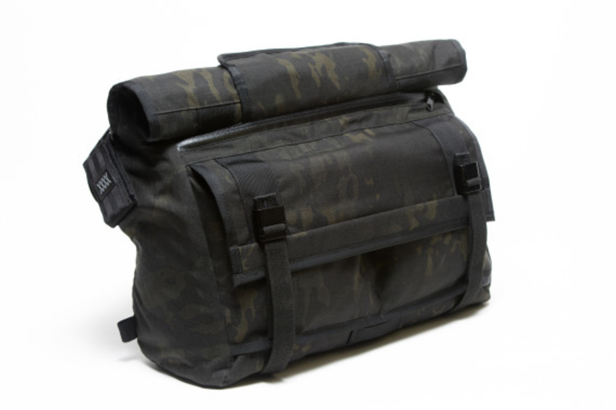 MISSION WORKSHOP - Black Camo Series Limited Edition Messenger Bag - 10