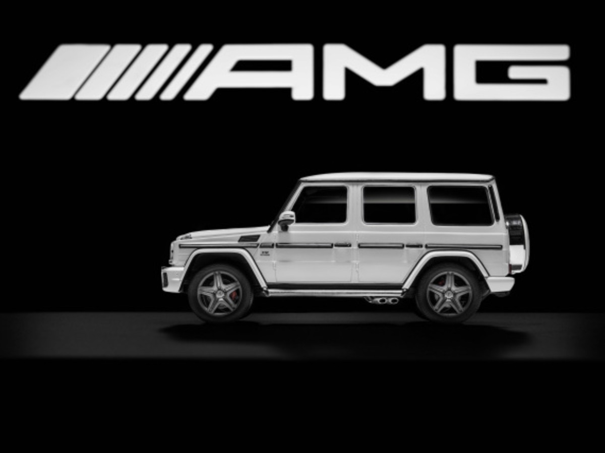 "Mercedes AMG - Limited Edition ""White Series"" Scale Model Cars - 15"